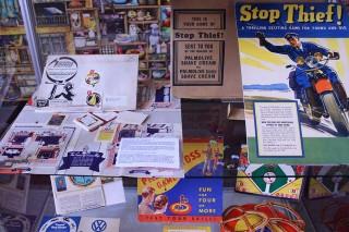 Stop Thief! Ein Spiel der Firma Colgate Palmolive von 1937.