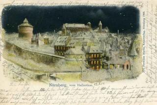 Nürnberg vom Hallertor bei Nacht.