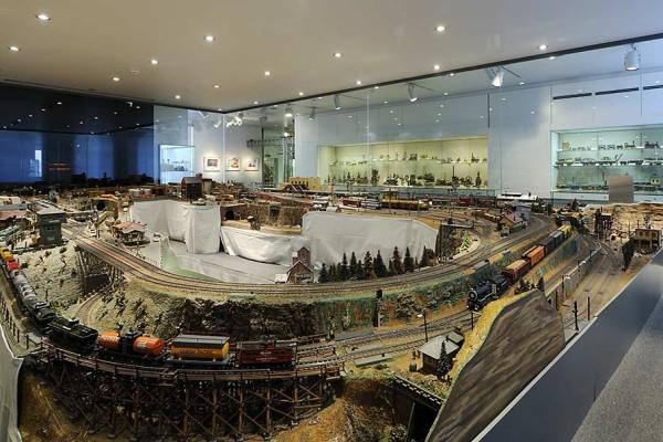 """Die Modellbahnanlage """"Omaha"""" umfasst ca. 30 qm. Foto: Uwe Niklas"""