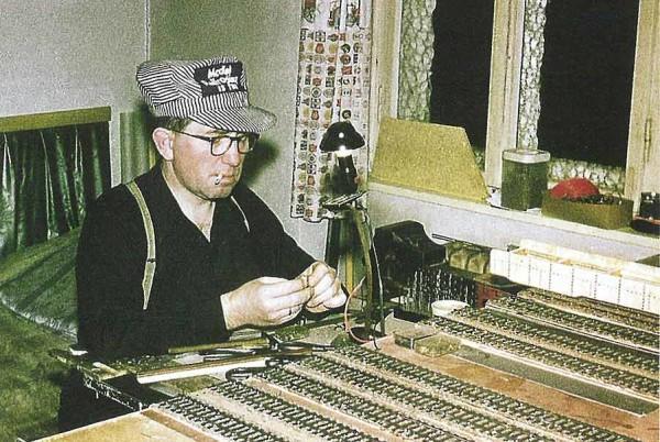Dr. Wolfram Bismarck, Initiator des Projekts, hat zusammen mit seinen Helfern von 1950 bis 1974 an der Anlage gebaut.